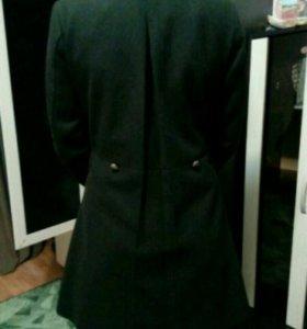 Пальто демисезонное размер 42-44