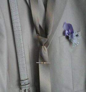 Свадебный костюм + подарок