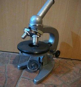 Микроскоп биологический