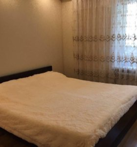 Кровать двуспальная