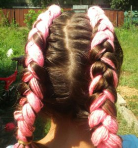 Плету косы.