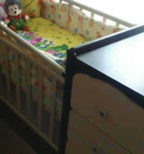 Детская кроватка маятником,транформер