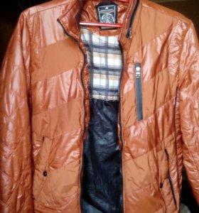 Продаю мужскую куртку осеннюю