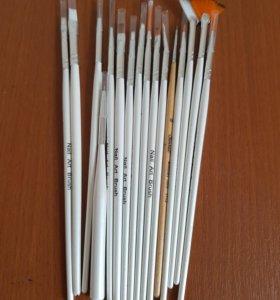 Кисточки для дизайна ногтей
