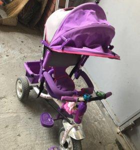 Детский велосипед с ручкой