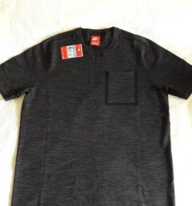 Новая футболка Nike