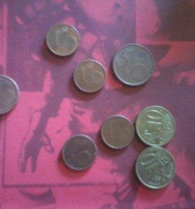 Манеты евро и центы