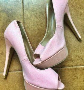 Туфли женские 39 размер