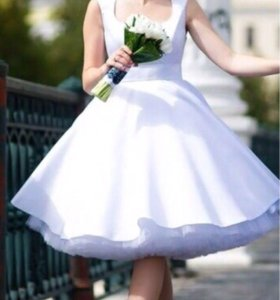 Платье, свадебное, вечернее, праздничное.