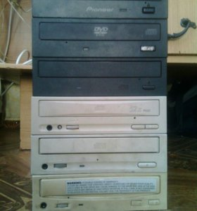 Продам DVD-ROM цена 500 руб.