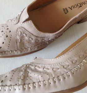Туфли-мокасины 37 размера