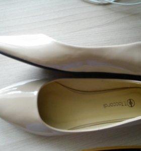 Продам женские балетки,туфли мужские