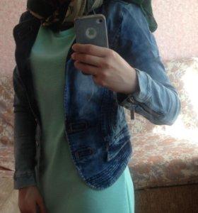 Джинсовая куртка новая ЦЕНА СНИЖЕНА!