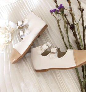 Новые туфли 27 размер
