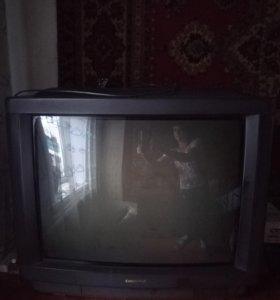 Большой телевизор!