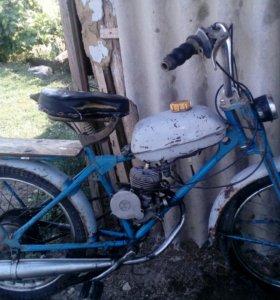 Дырчик ( велосипед с мотором ).