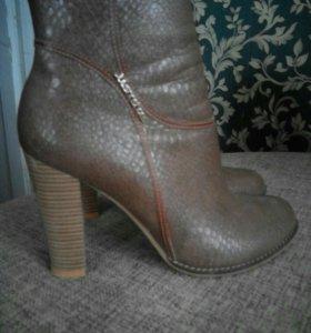 Ботиночки суперские,цвет прикольный. 👢👈👍