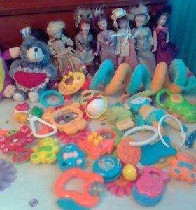 Игрушки погремушки фарфоровые куклы