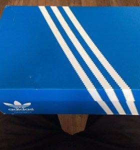 СРОЧНО продам Adidas ZX Flux White