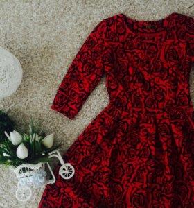 Осеннее красивое платье