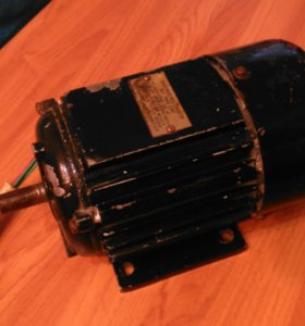 Электродвигатель с реверсом 220 v