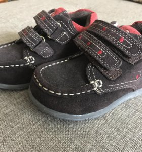Ботинки замшев. 24 размер