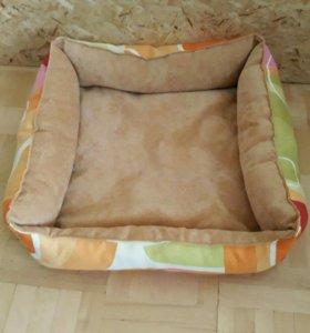 Лежак для кошек и собак Б.У