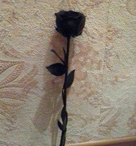 Роза Кованная