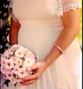Свадебное платье 44-46 размер.