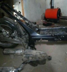 хвостовая часть Yamaha TDM