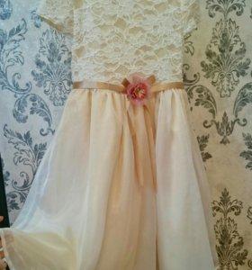 Платье Gloria Jeans.
