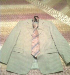 Мужской костюм, рубашка, галстук, туфли