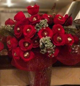 Цветы из бумаги с конфетами на заказ