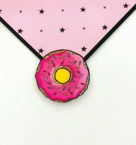 Значки пончик и кристалл