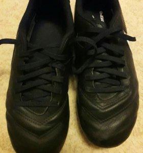 Бутсы футбольные Nike,размер 36.5,гетры в подарок.