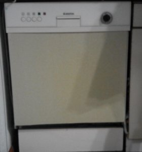 Посудо-моечная машина (недорого)
