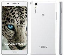 смартфон Пантек Вега Айрон LTE.