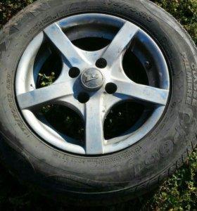 колёса на литых дисках 13