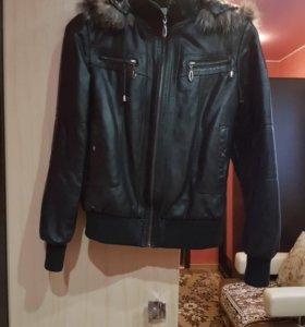 Коженная натуральная куртка.