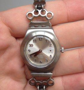 Часы Swatch Villain collection (Rosa Klebb)