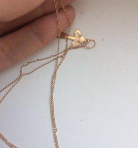 Новая золотая цепочка с золотым крестиком