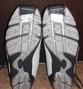 Ботинки лыжные р. 36