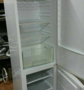 Холодильник electrolux erb40402wb б/у