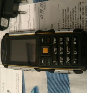 Пуленепробиваемый телефон texet tm512r