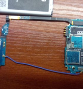 Samsung i9500 на запчасти