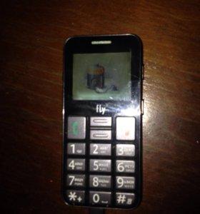 Fly Телефон для пожилых людей