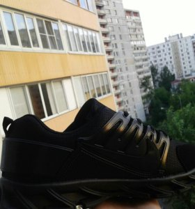 Кроссовки Nike на 2 дня