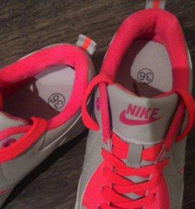 Практически новые кросы