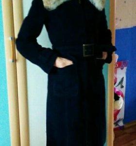 Пальто демисезон., воротник лиса