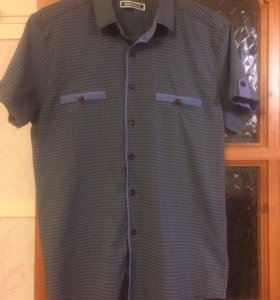Рубашка, одевали один раз, покупали за 800р.
